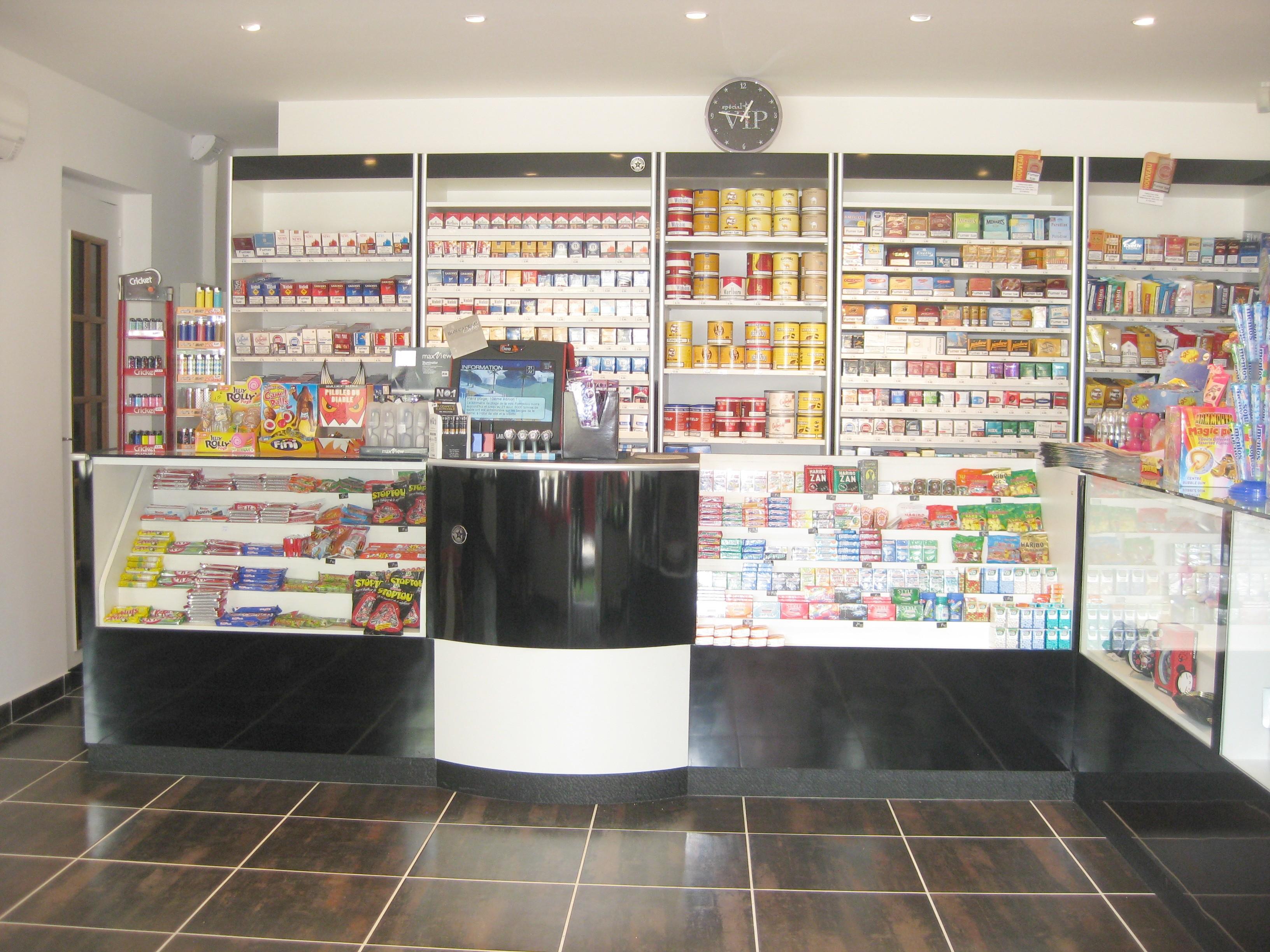 ... negozi, Arredamenti Per Rivendite Tabacchi, Scaffali per Tabaccheria