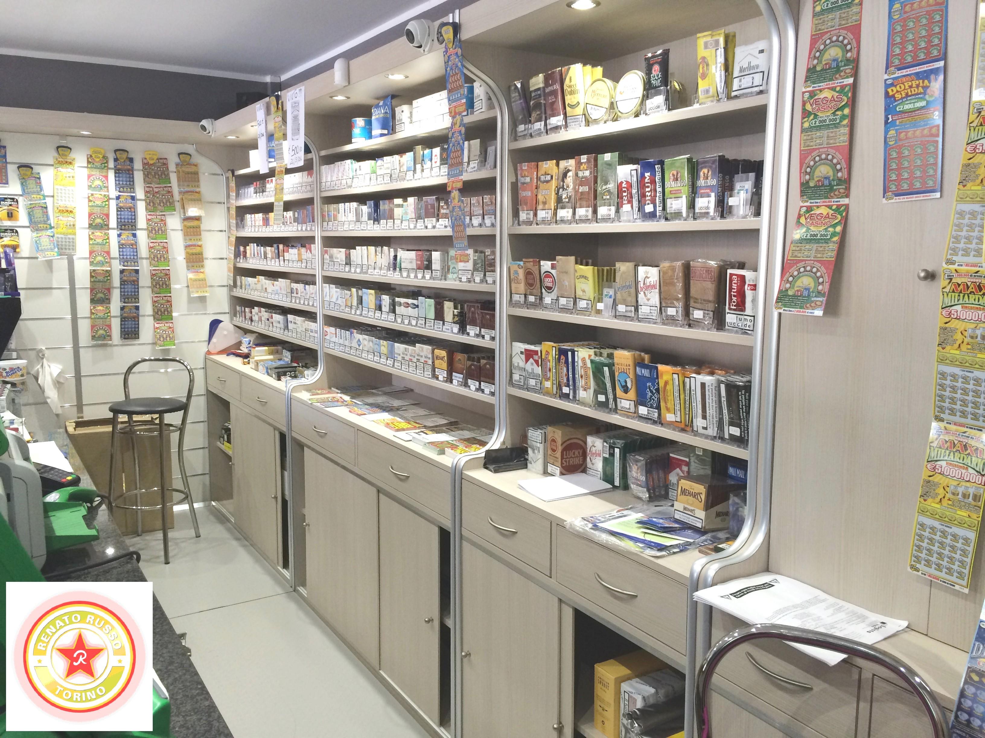 Arredamenti per tabaccherie compra in fabbrica a met for Arredamento tabaccheria usato